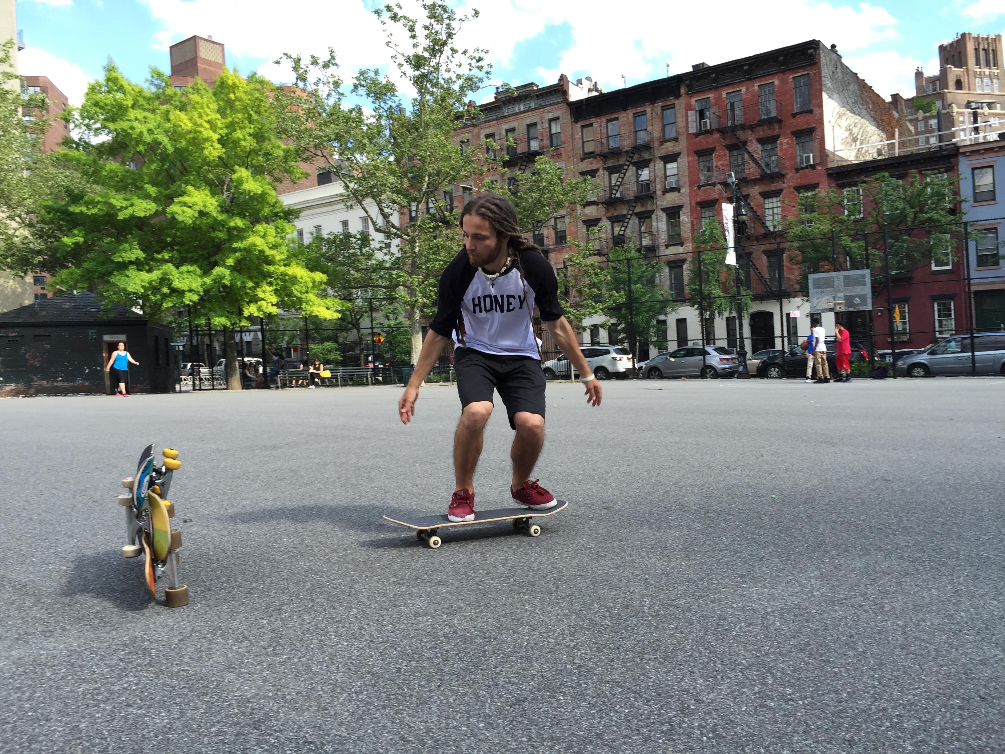 skateboard_instructor_2