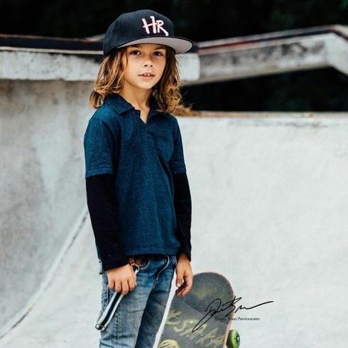 skateboard_student
